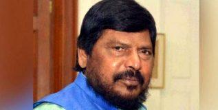 डॉ. बाबासाहेब आंबेडकरांचे नाव मुंबई सेंट्रल स्थानकाला द्यावे – रामदास आठवले
