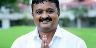 कर्नाटकात पक्षांतराची कमाल – भाजपचा उमेदवार काँग्रेसमध्ये