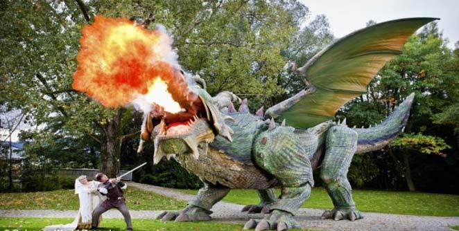जगातील सर्वात मोठा रोबो ड्रॅगन