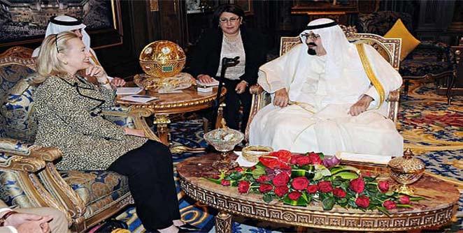 सौदी राजाकडून हिलरींना मिळाल्या महागड्या भेटी