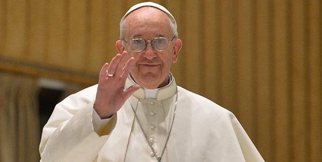 पोप फ्रान्सिसच्या हर्ले डेव्हीडसनचा होणार लिलाव