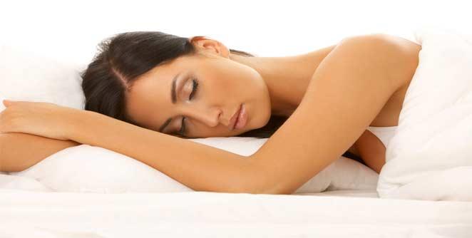 नियमित झोप मेंदूच्या विकासासाठी आवश्यक